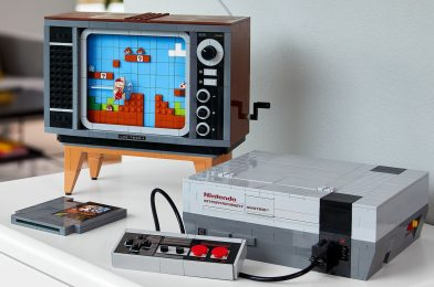 Lego made a 2,600-piece duplicate of enjoying Mario on the NES