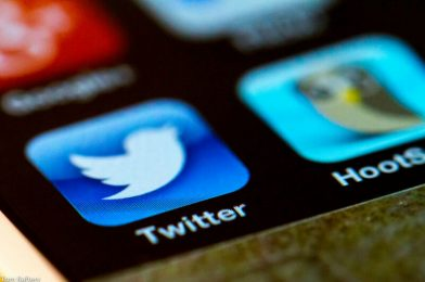 "Twitter hackers used ""telephone spear phishing"" in mass account takeover"