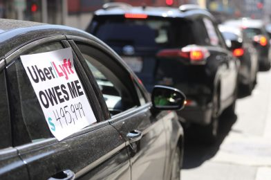 California labor commissioner sues Uber and Lyft for alleged wage theft