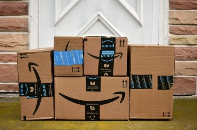 $100,000 in bribes helped fraudulent Amazon sellers earn $100 million, DOJ says