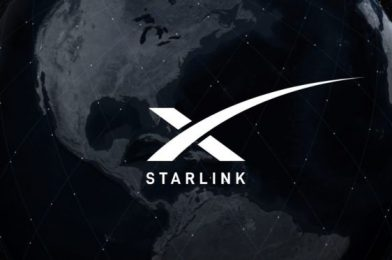 SpaceX provides laser hyperlinks to Starlink satellites to serve Earth's polar areas